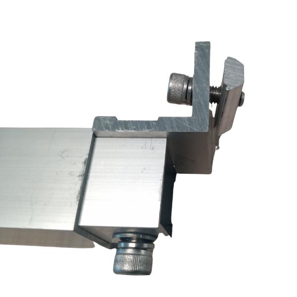 Base ajustable 15° - 30 º para techo plano (incluye frontal y trasera) (2)